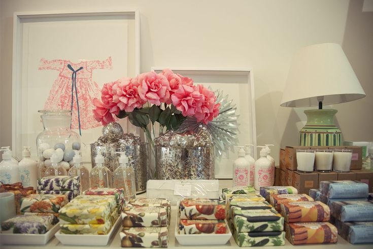 Thank you to Issa at Ivanhoe for letting us photograph your shop yesterday!