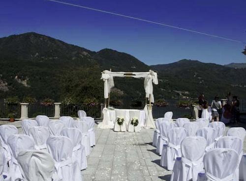 Wedding civil rite on the lake of Orta - Italy