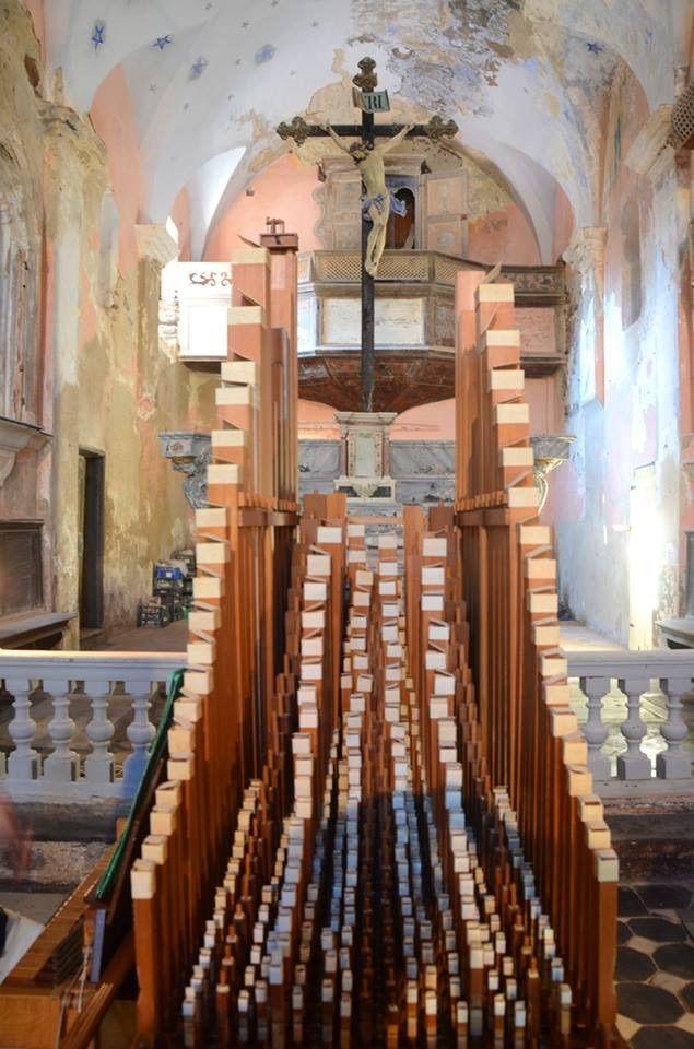 Il meraviglioso organo portativo a canne di legno di Giorgio Questa