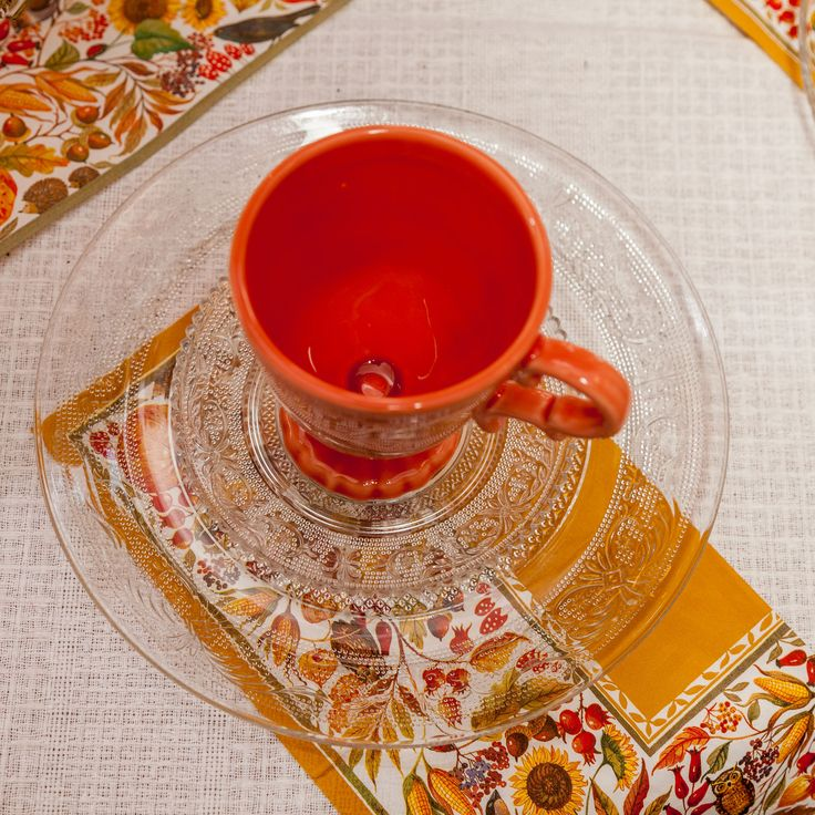 Royal Vintage cups - ChicVille for Us