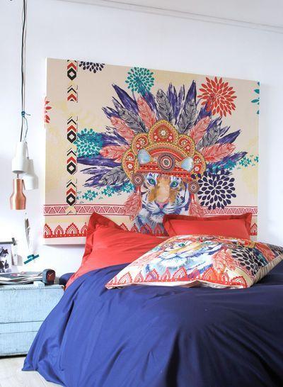 Une tête de lit avec une taie d'oreiller - La redoute
