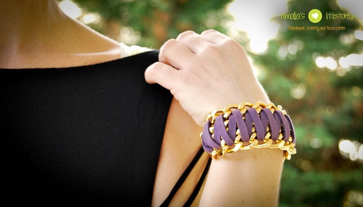 Handmade bracelet in purple!