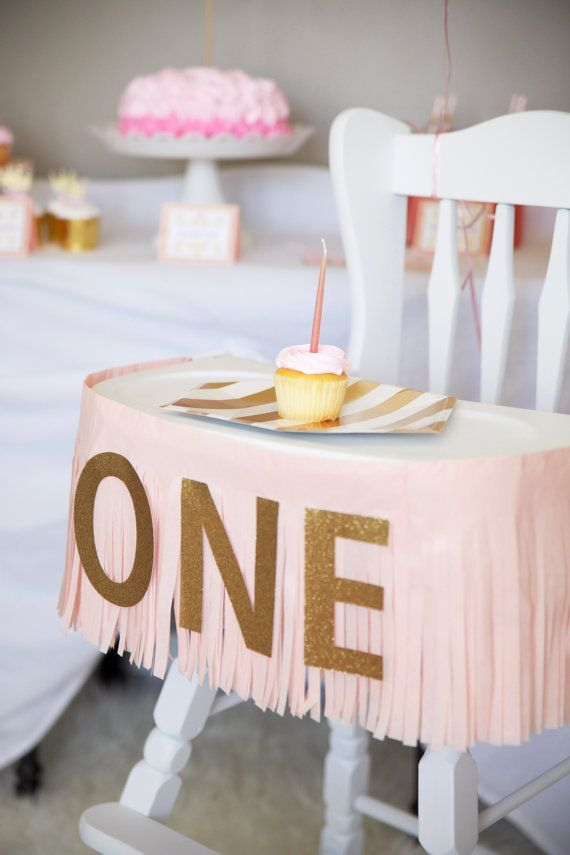 Beautiful handmade fringe Highchair banner, perfect to celebrate your little ones first year of life. Made with gold glitter card stock