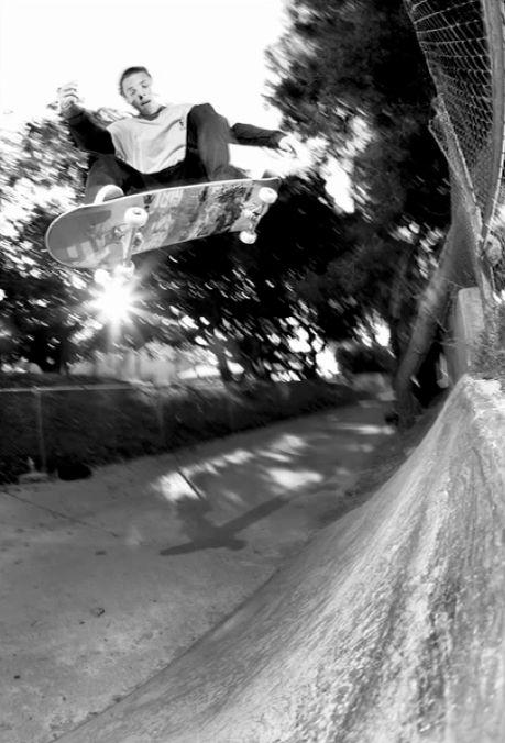 How to Get Magazine Quality Skateboard Photos with a 'Light Camera Setup'