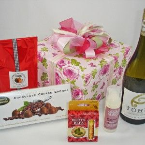 Beautiful Gift box with NZ wine, delicious chocolates, natural skincare products. #Womens pamper gift basket, #Auckland-gift-baskets, #Mothers-day-gifts