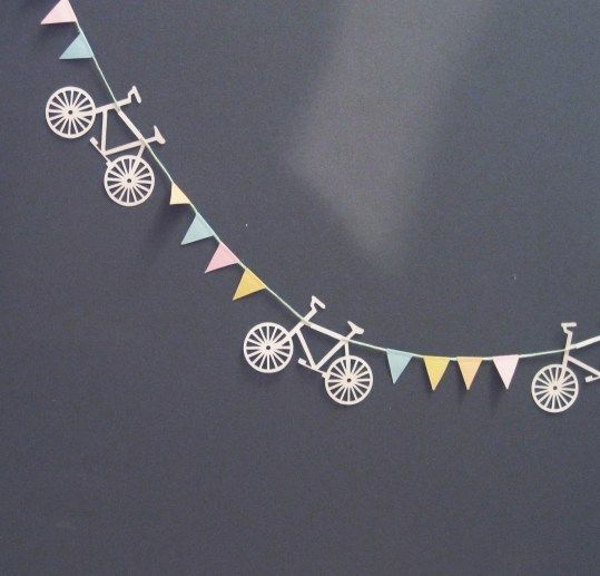 #Decorate your bike-themed #party!