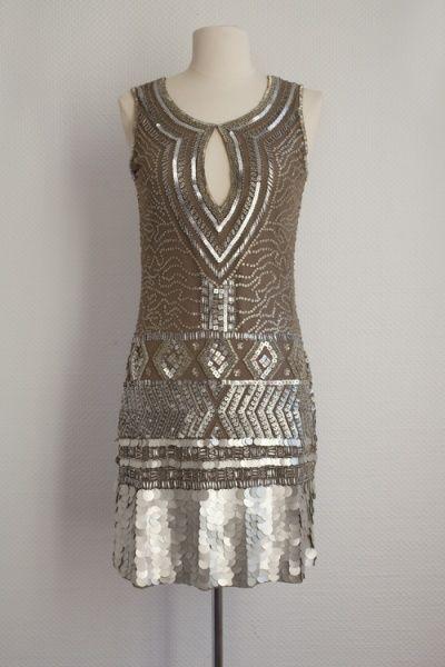 Robe lamée bronze faust en Paris dans les magasins en ligne Dressing Ephémère, S.A.R.L. | Acheter Robe lamée Bronze Faust Paris (France) | Dressing Ephémère, S.A.R.L. : AllBiz