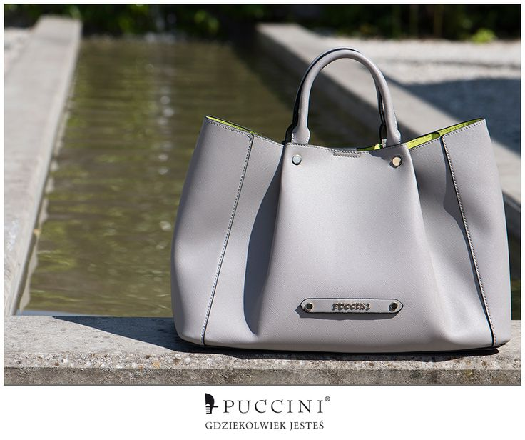 """Pojemna, funkcjonalna, a zarazem elegancka - torebka typu """"shopper"""". Dostępna w dwóch ponadczasowych kolorach - beżowym i szarym :) fot. Patrycja Hyrsz Photographer http://bit.ly/25BrcGd"""