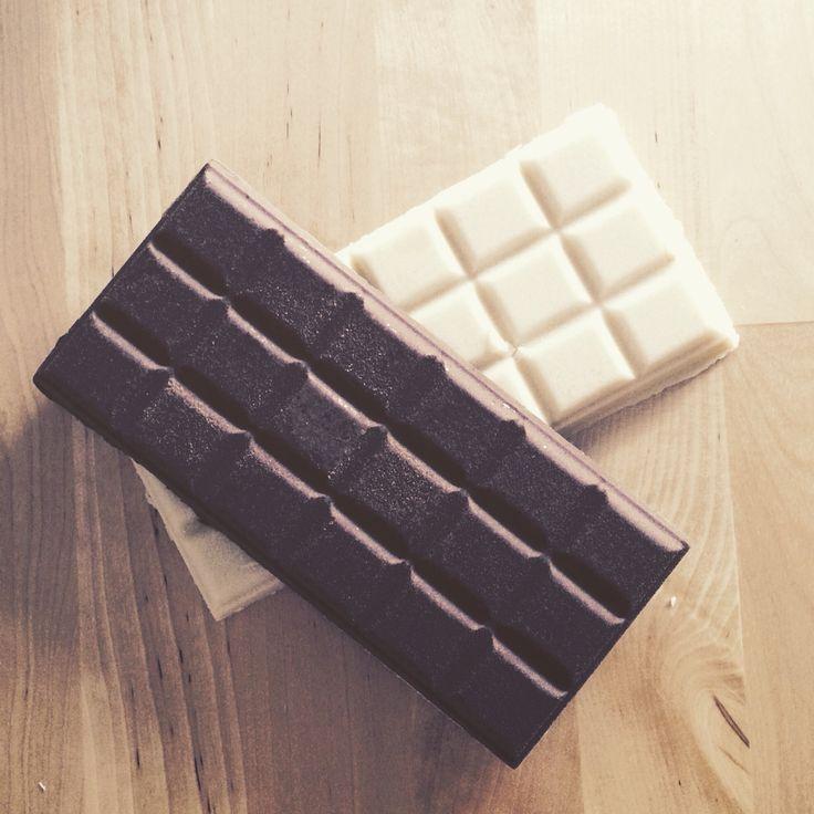 Badeschokolade vom MintKosmetik in den Duftrichtungen:  Vanille Schokolade  Vanilla Chai Latte Wintertee  Zu bestellen unter  mint-kosmetik.ch