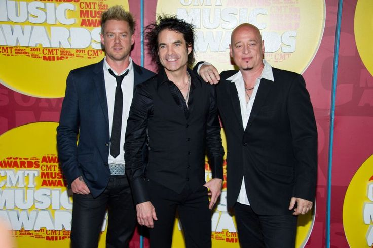 Train: June 16, as part of the band's Picasso At The Wheel Summer Tour 2015. With The Fray and Matt Nathanson.