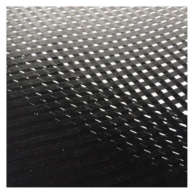 Watching paint dry. Commission. #silkscreen #screenprint on paper  @weareuna