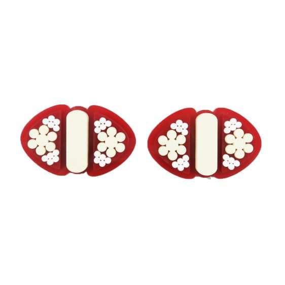 Deco red shoe clips   $80   #UnderOurSky