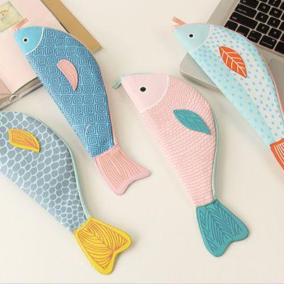 INCLUDED:  1+fish+pencil+case