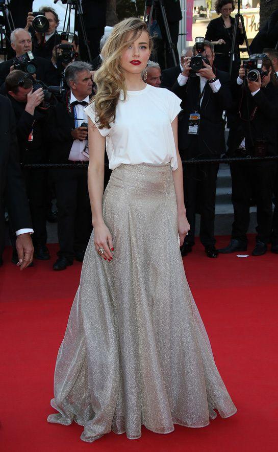 Amber Heard en robe Vionnet printemps-été 2014, escarpins Casadei, pochette Zagliani et bijoux De Grisogono http://www.vogue.fr/sorties/on-y-etait/diaporama/les-plus-belles-robes-du-festival-de-cannes-2014/18787/image/1002460#!amber-heard-en-robe-vionnet-printemps-ete-2014-escarpins-casadei-pochette-zagliani-et-bijoux-de-grisogono