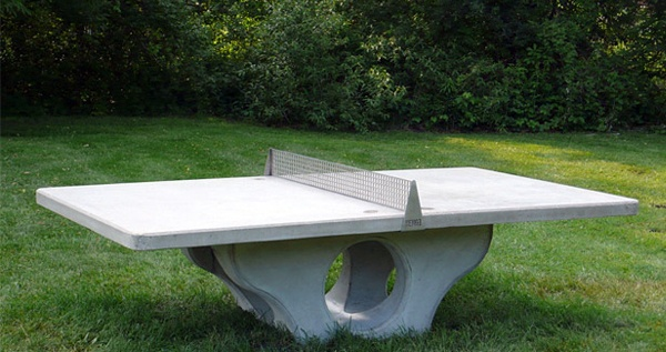 outdoor pingpong table