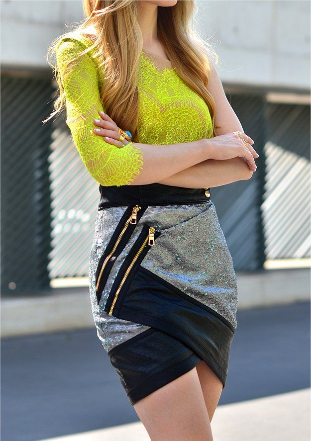 Street style | Asymmetrical wrap zipped skirt and yellow lace top