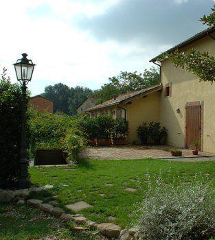 Ombre e luci al Montecorneo Country house Perugia. Shadows and lights at Montecorneo Country House Perugia. http://www.montecorneo.com/
