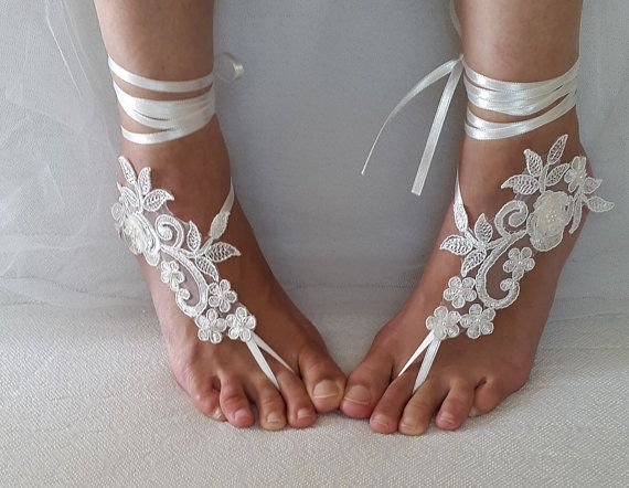 Hey, I found this really awesome Etsy listing at https://www.etsy.com/listing/458407326/bridal-accessoriesivory-lace-wedding