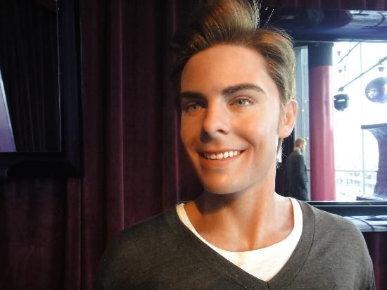 Madame Tussauds Hollywood: Zack Efron