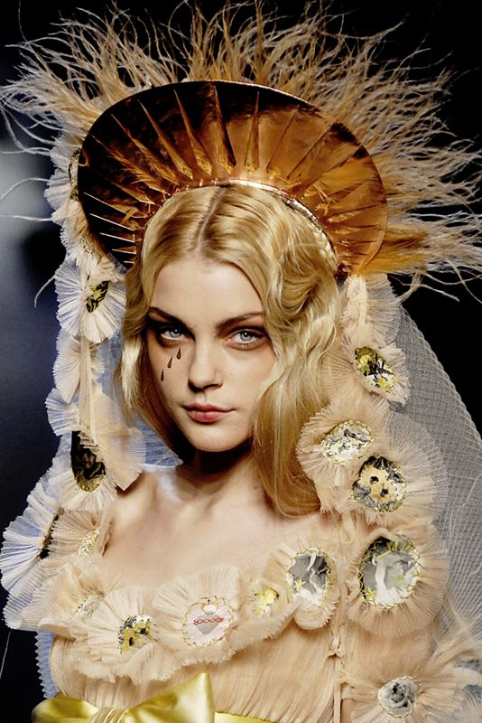 Jessica Stam at Jean Paul Gaultier Couture Spring 2007