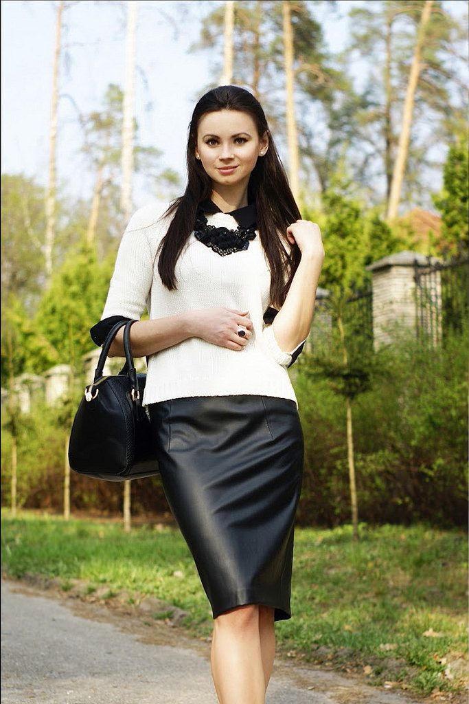 Img 9807 Tight Leather Pencil Skirt Dominant Women With