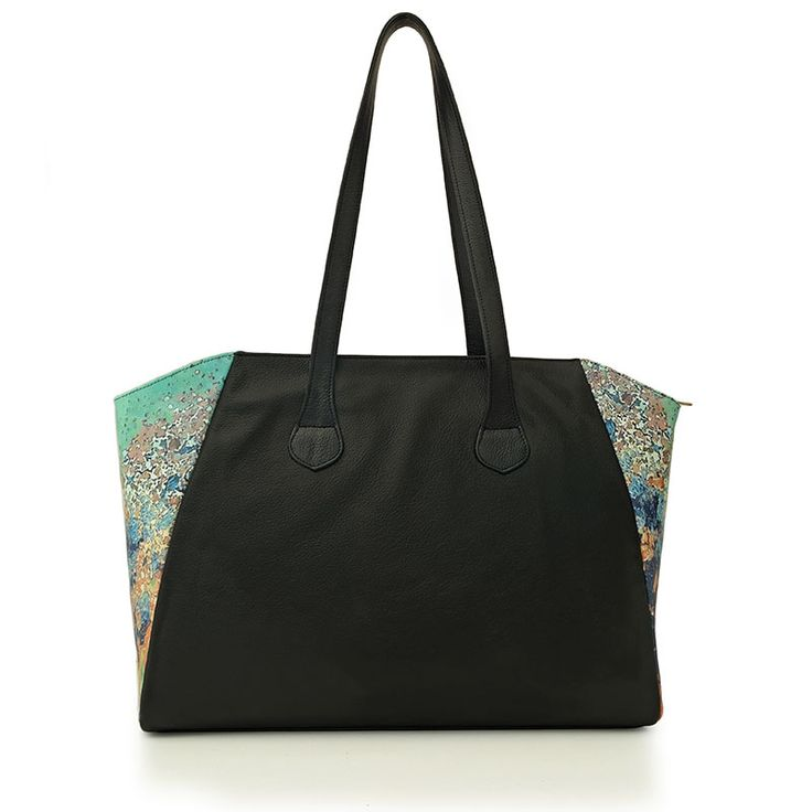 Rust inspiration handbag. Made from a mix of natural leather and printed…