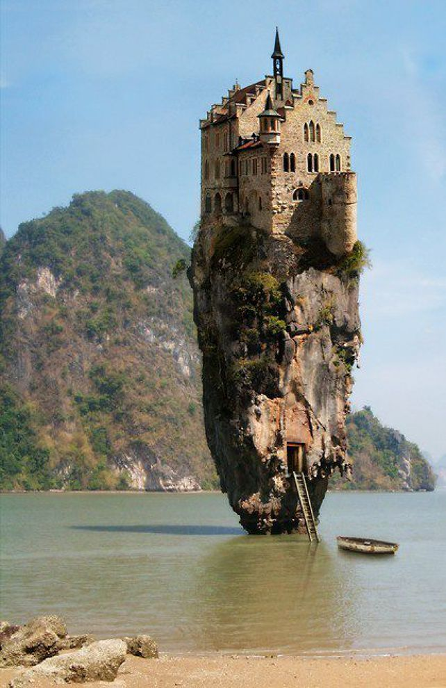 Castle Island, Dublin. Adding this in to my British Isles Trip!