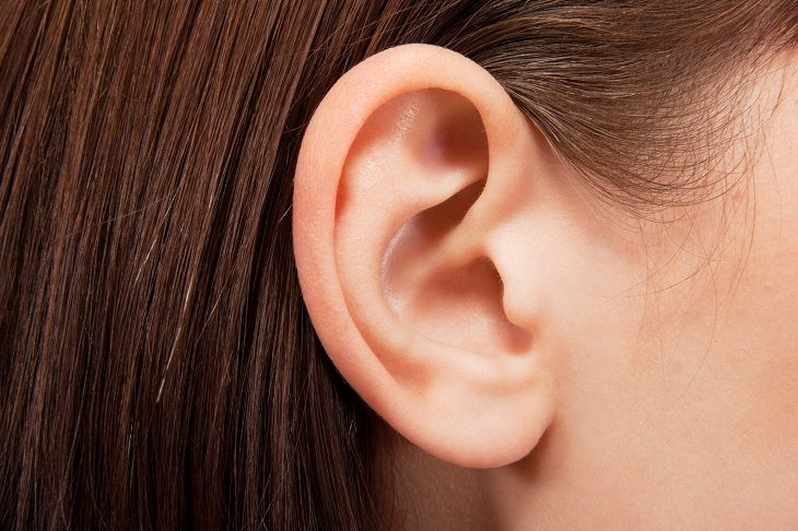 Earwax is important for protecting our ear canals, however if our body produces too much of it, it can become a problem. Here are some home remedies.