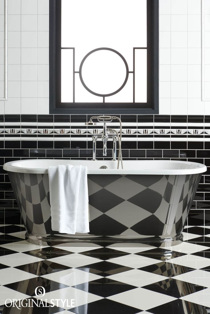 Rustic bathroom designs the key is to be bold original and - Manhattan Border Tile