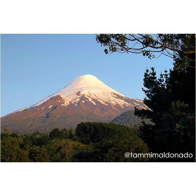 Volcán Osorno. Chile •••••••••••••••••••••••••••••••••••••••• #chile#chileimages #chileesbello #chilelindo #chile_360 #chile_natural #chile_a_pie #loves_chile #icu_chile #ig_chile #fotografoschile ••••••••••••••••••••••••••••••••••••••••