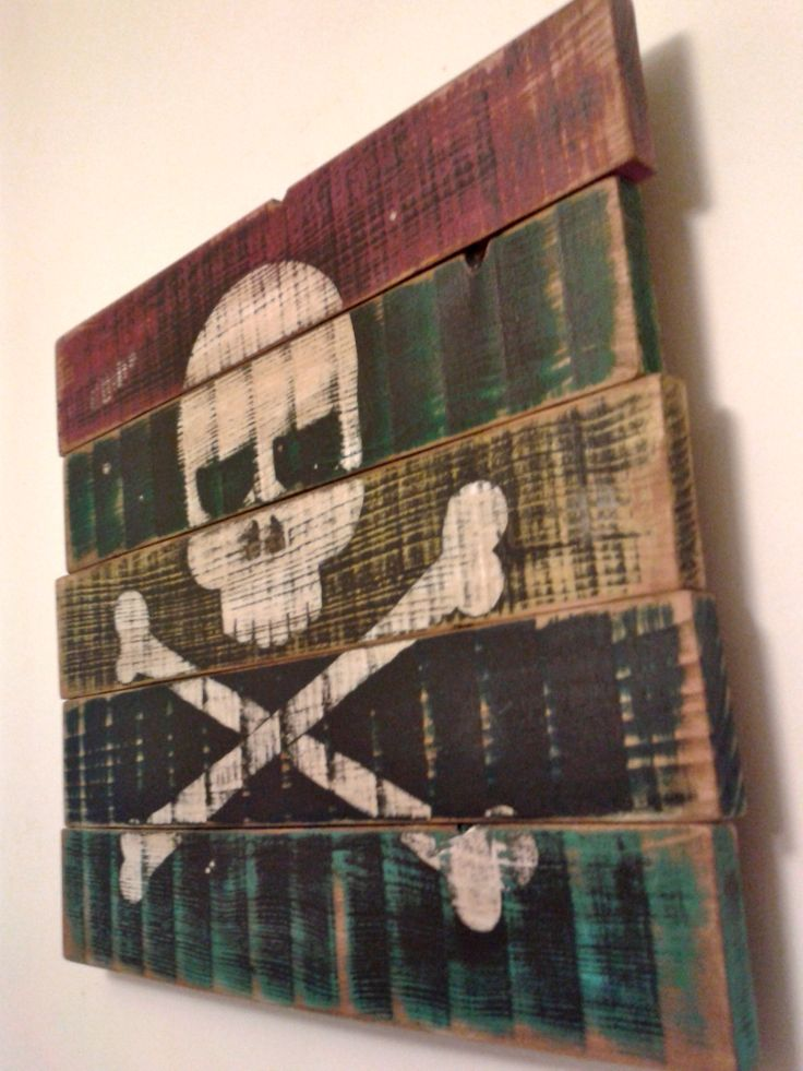 DIY pirate flag colored recycled pallet by Julien Mansard