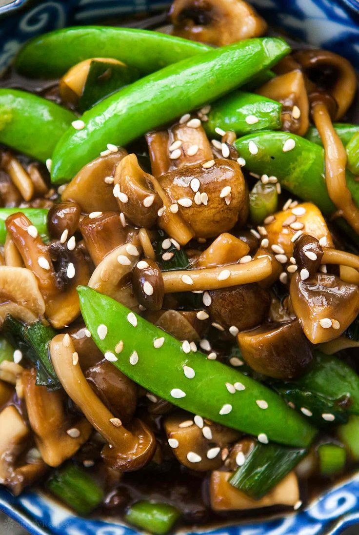 Easy Chinese sweet and spicy mushroom stir fry with peas and green ...