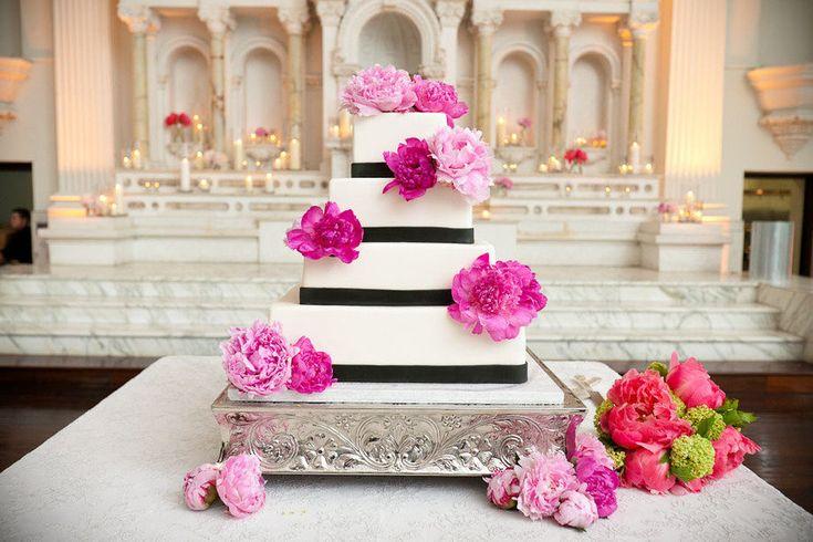 elegant wedding cake hot pink wedding flowers