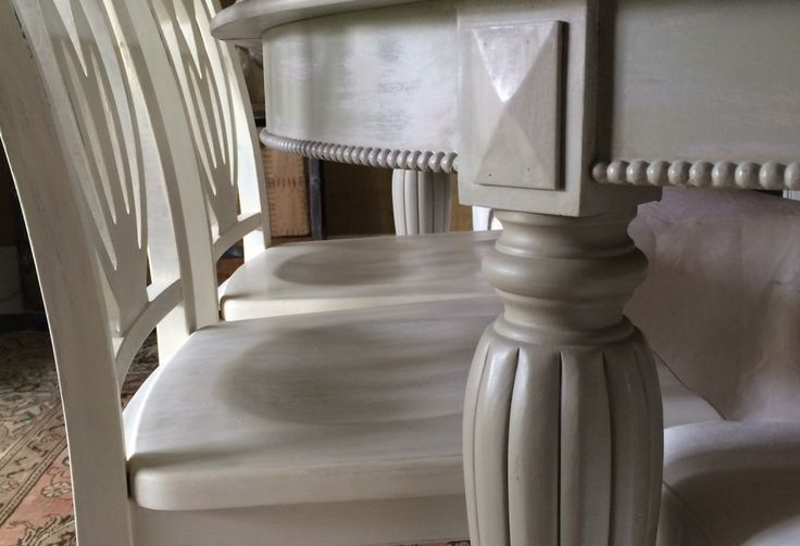 Chalk Paint Dining Room Set: A Neglected Dining Room Set Finished In Paloma And French