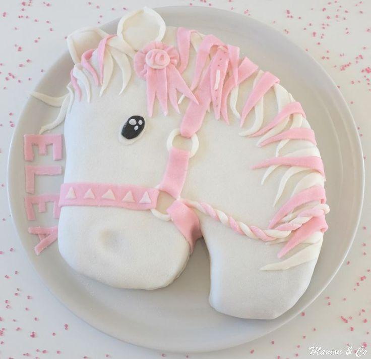 Gâteau 3D Tête de cheval                                                                                                                                                                                 Plus