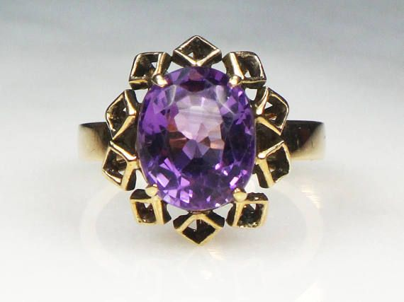 Hey, I found this really awesome Etsy listing at https://www.etsy.com/listing/232936855/vintage-18k-gold-amethyst-ring-vintage