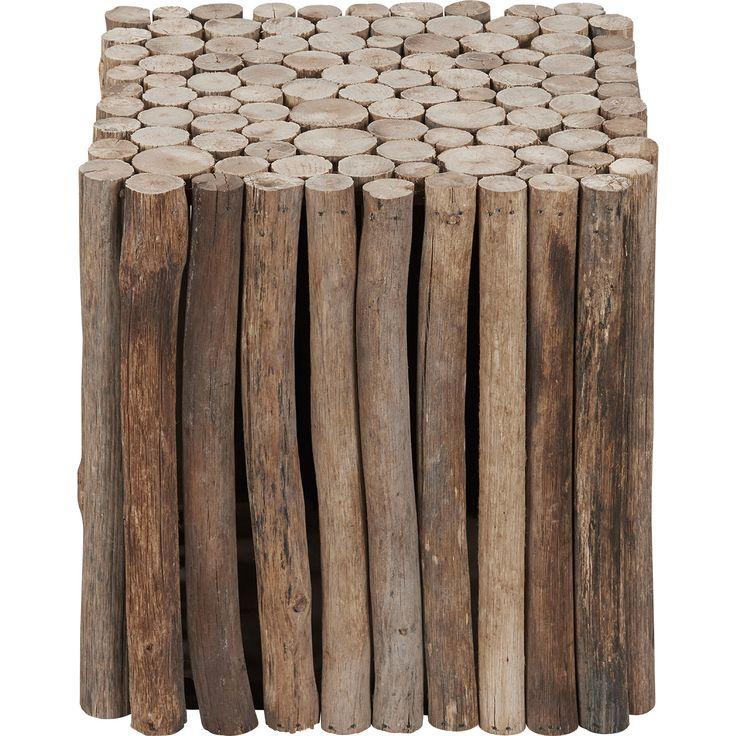 Deze stijlvolle en strakke bijzettafel Matino van hout oogt lekker robuust. Afmeting: 30x30x30 cm. #kwantum_woonahaves_bijzettafel2 #kwantum #kwantum_nederland #woonahaves #daarwoonjebetervan