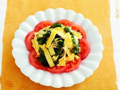 卵とわかめ、トマトのサラダ(和風)