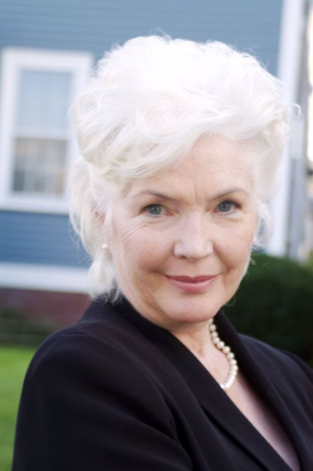 "Fionnula Flanagan, great Irish actress. She played Bertha Mills in ""The Others."" LOVE HER"
