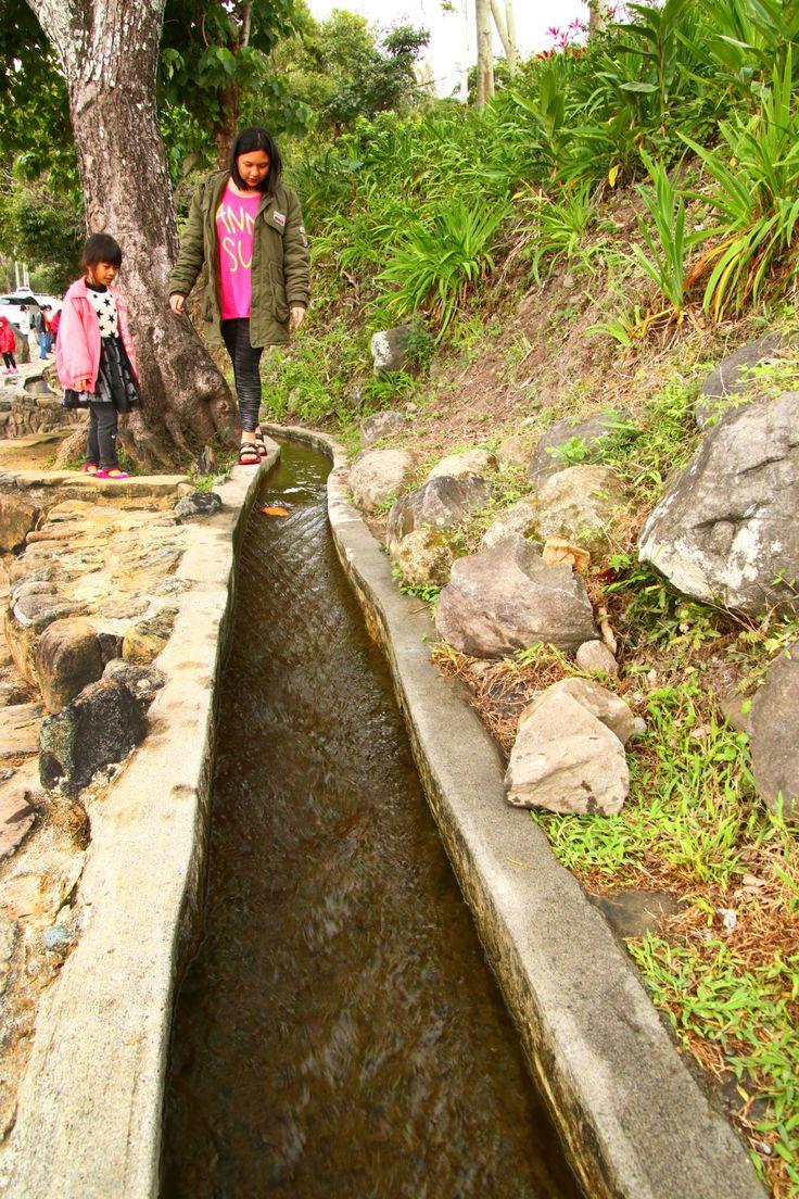 Die schönsten Plätze der taiwanesischen Ostküste Water Running Upward, Taiwan