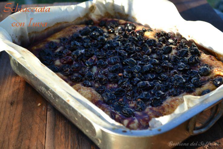 Schiacciata con l'uva, ricetta toscana #toscanavegetariana #vegan #tuscanyrecipe #tuscany #toscana