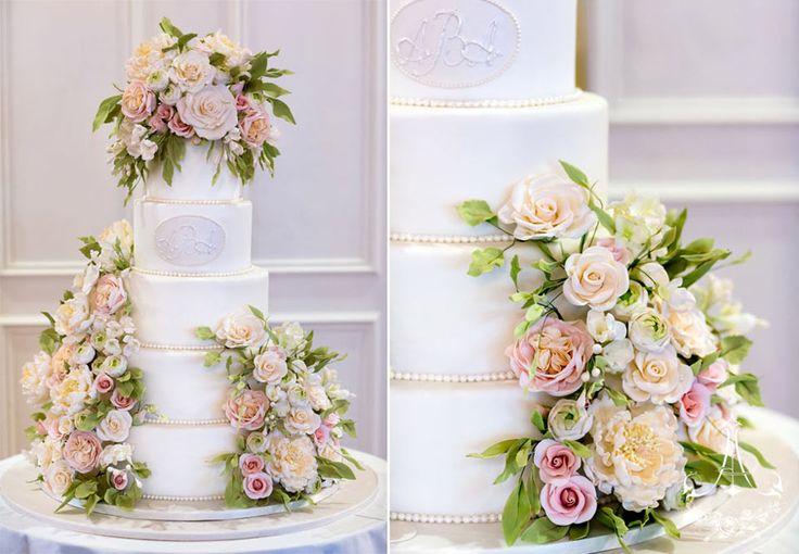 Tall wedding cake at the Hartford Golf Club, Hartford Connecticut