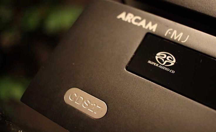 Univerzální přehrávač s rozumným zvukovým podáním a férovou cenou. To je Arcam CDS27.  Více na http://www.hifi-voice.com/testy-a-recenze/sacd-prehravace-a-transporty/1202-arcam-cds27