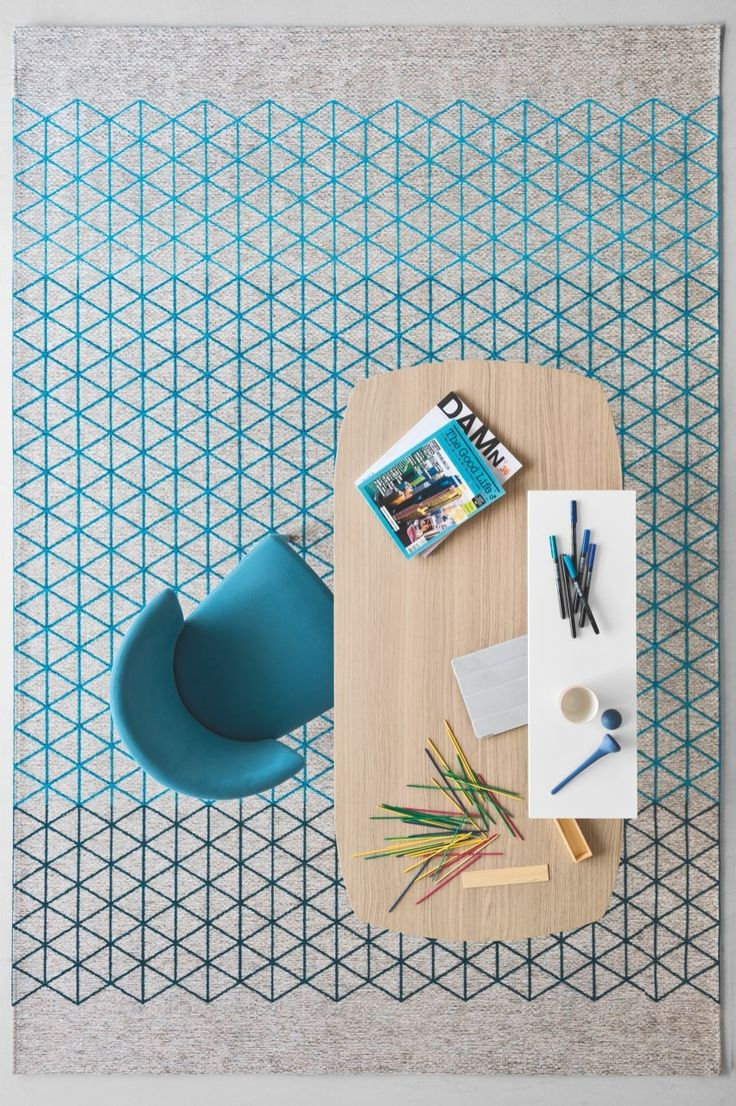 The pureness and rigour of classic geometry laws turn into a decorative pattern drawing inspiration from the origami Japanese paper. APOTEMA rug is a part of CODE collection. #calligaris #toronto #code
