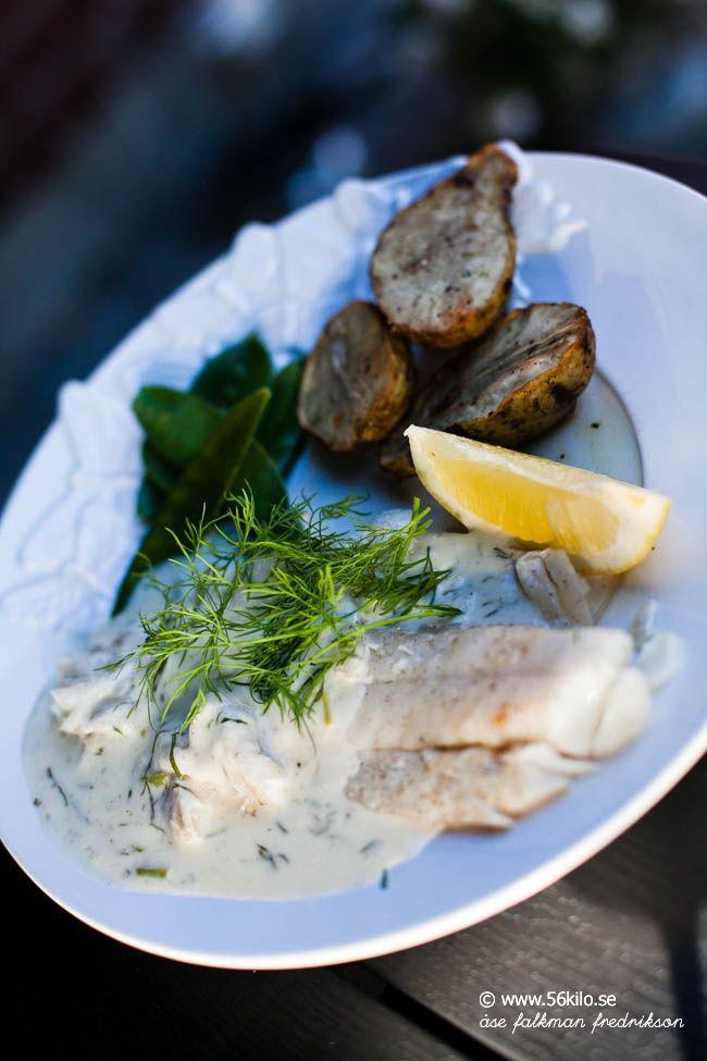 Grillad torsk med dillsås och jordärtskockor
