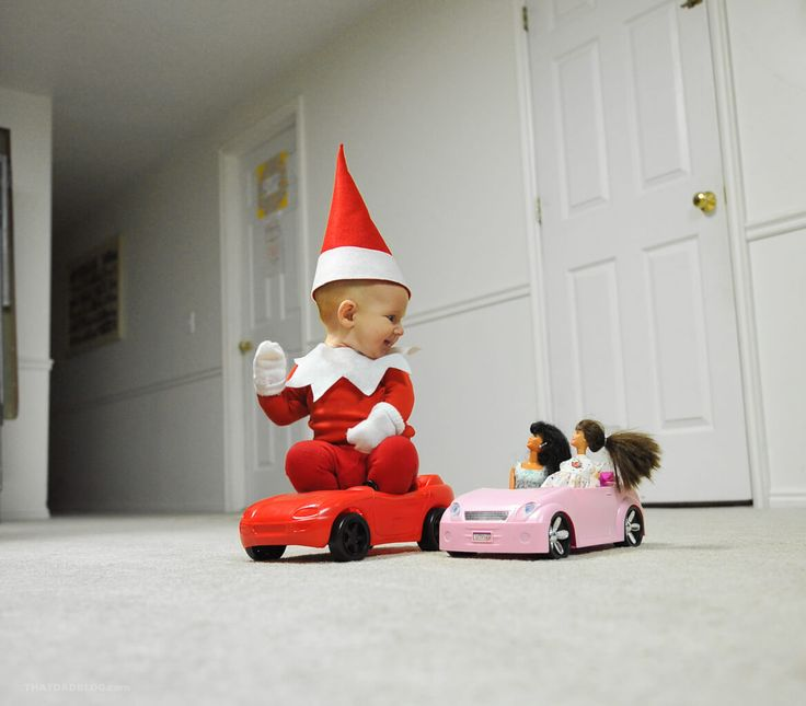 Dad+Turns+His+New+Baby+into+Elf+on+the+Shelf+in+Adorable+Photo+Series