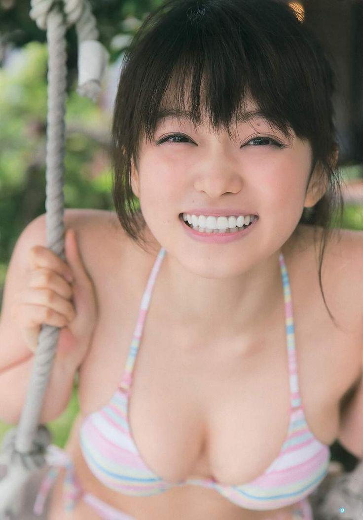 Mari Yamachi - Young Gangan 2015 No14