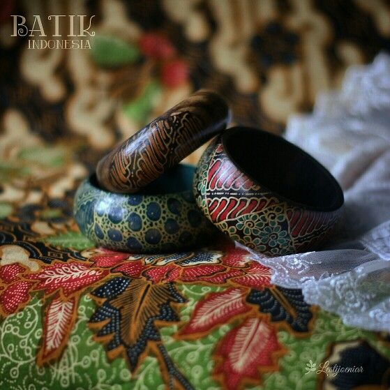 Batik in Bangle