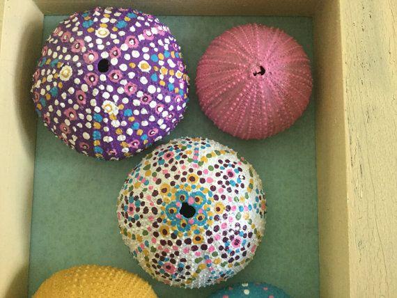 The mandala urchin box от SommersByTheShore на Etsy