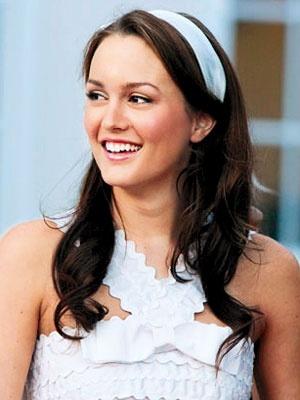 Blair Waldorf <3: Gossipgirl, Summer Style, Blair Waldorf, White Parties, Leighton Meester, Soft Curls, Headbands, Girls Style, Gossip Girls